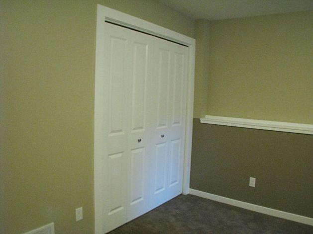 2506 Lower level bedroom bi-fold door on closet