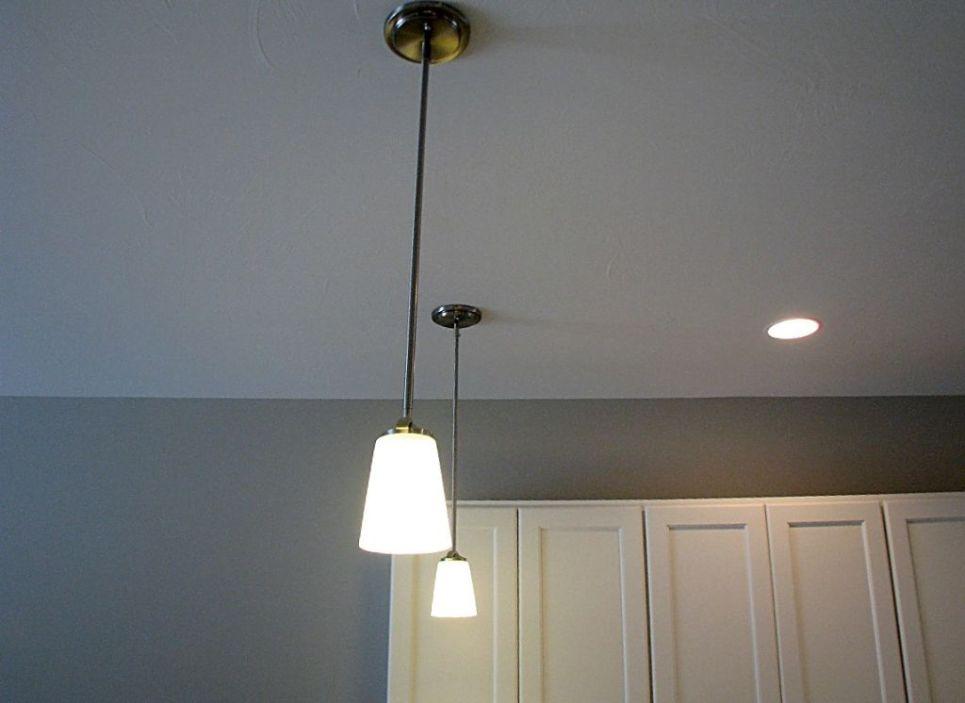 2415 Pendulum lighting over eating counter