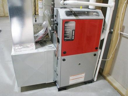 LL-Mechanical room-furnace-gas