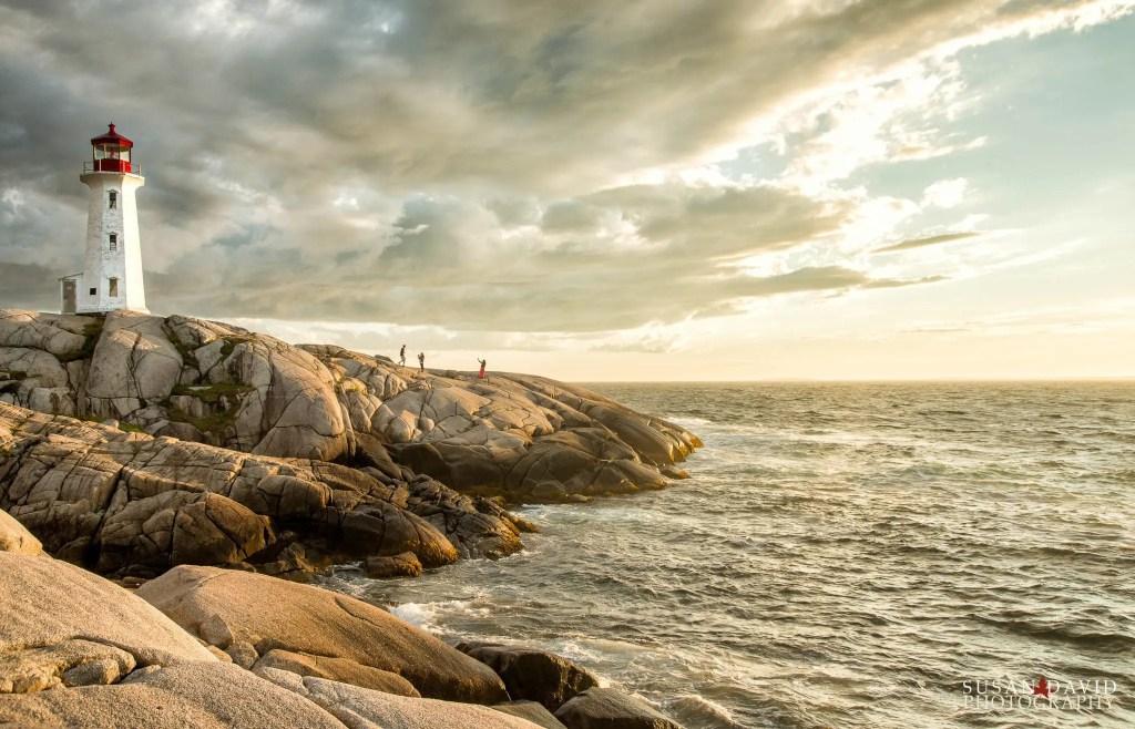 Sunset-Photos-at-Peggys-Cove.jpg