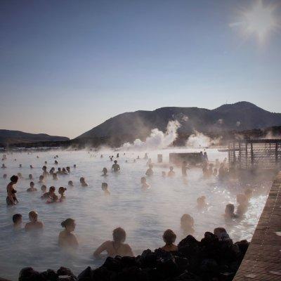 Water Temperature averages 37–39 °C (98–102 °F)