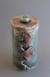 Red Heart Treasure Jar, porcelain