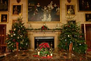 SGP_8238 Susan Guy_Charlecote Christmas w