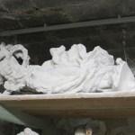 Skulptur im Holzregal - Foto von Susanne Haun