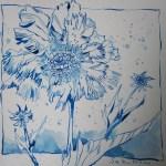 Blaue Blume - Zeichnung von Susanne Haun - 20 x 20 cm - Tusche auf Bütten