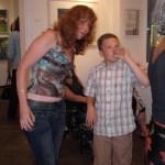 Die Zeit vergeht, mein Sohn und ich 2005 in Innsbruck bei unserer Ausstellungseröffnung