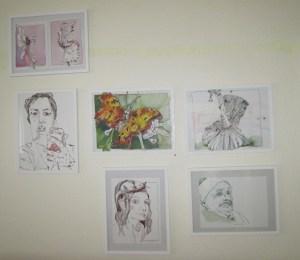 Ich habe mich entschlossen, 2 der Zeichnungen gleich zu rahmen und in meine Bilderwand zu integrieren - Foto von Susanne Haun