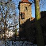 Stadtmauer und Wehrturm in Haldensleben - Foto von Susanne Haun