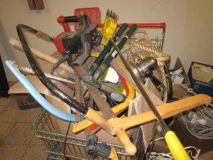 Auch diverses Werkzeug gibt es im Angebot - Foto von Susanne Haun
