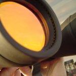 Ich vermutete, dass man mit diesen Ferngläsern bist zum Mars schauen kann - Foto von Susanne Haun