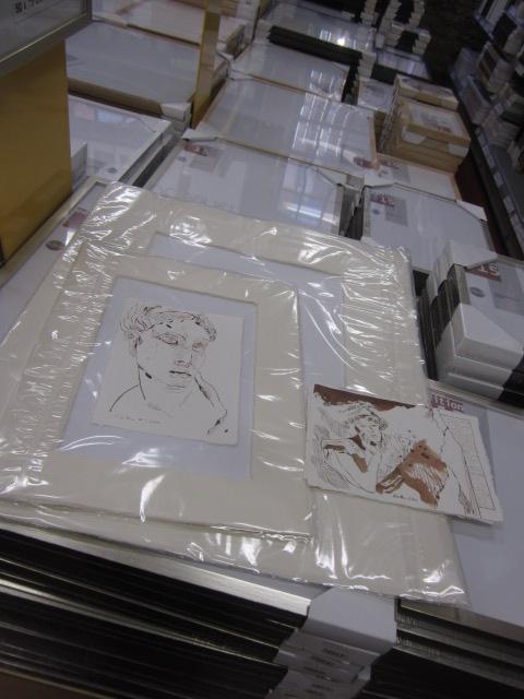 Ein Glück habe ich die Zeichnungen bei der Wahl der Passepartouts mitgenommen - Foto von Susanne Haun