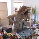 Conny in ihrem Atelier (c) Foto von Conny Niehoff