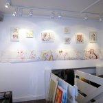 Hängen der Werke von Susanne Haun in der Galerie Faszination Art (c) Fotos von Susanne Haun