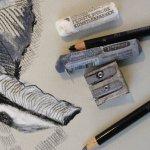 Knetradiergummi, weiche Schmicke Pastelle und Kohlestifte (c) Foto von Susanne Haun