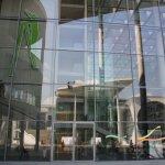 Spiegelung in der Fensterfront des Paul-Löbe-Hauses (c) Foto von Susanne haun