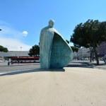 Papst Johannes Paul II - Skulptur vor dem Termini, Bahnhof (c) Foto von M.Fanke