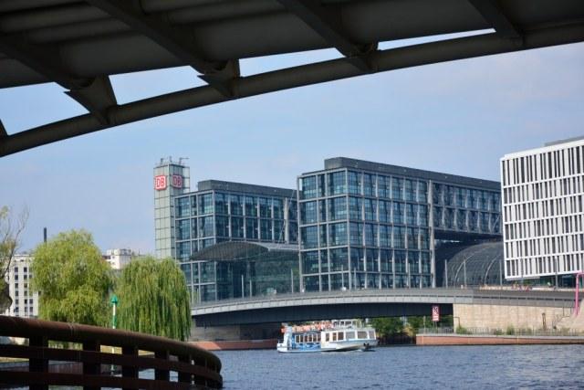 Interessante Berliner Durchblicke hier Hauptbahnhof (c) Foto von M.Fanke