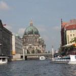 Der Berliner Dom von der Spree aus (c) Foto von Susanne Haun