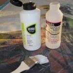 Verwendete Materialien Gesso und weiße Acrylfarbe (c) Foto von Susanne Haun