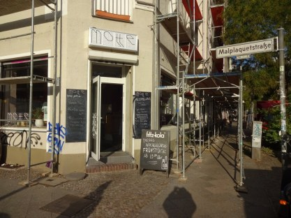 Café Motte, Ausstellungsort Querbrüche Obdachlos, Foto von Susanne Haun © VG Bild Kunst, Bonn 2018