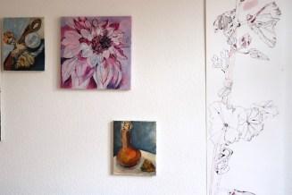 Atelieransicht Im Inneren der Dahlie, Gemälde von Susanne Haun, 40 x 40 cm, Acryl und Tusche auf Leinwand