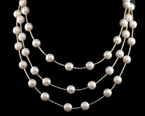 Classic Pearl Jewelry: Win from The Jewelry Stylist