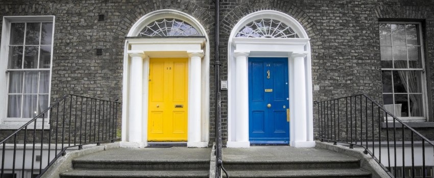 What does YOUR front door color say about you?