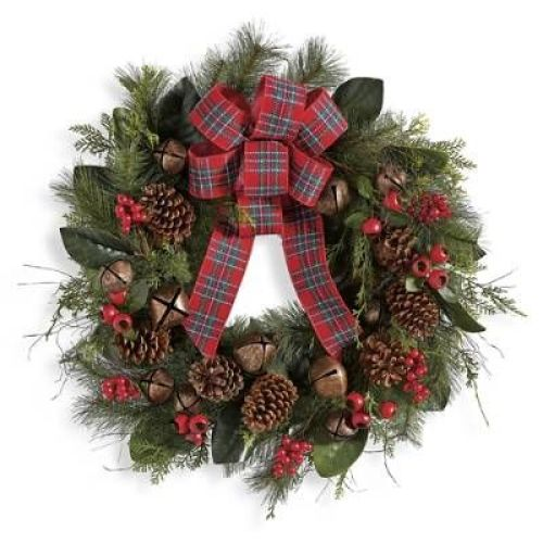 Tradisitonal Christmas wreath in cheery red plaid!