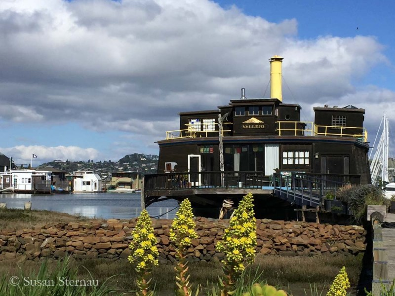 Ferry Vallejo Houseboat, floating art colony
