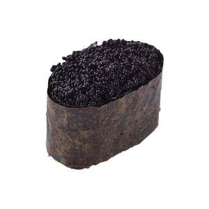 Гункан суши с черной икрой масаго