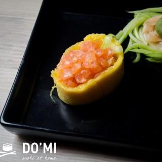 Gunkan z mango