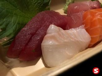 maguro (bluefin tuna), tai (sea beam) sashimi