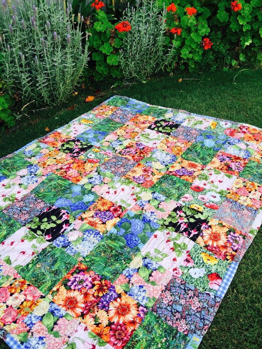 Susie's Garden Lap Quilt - Free Pattern