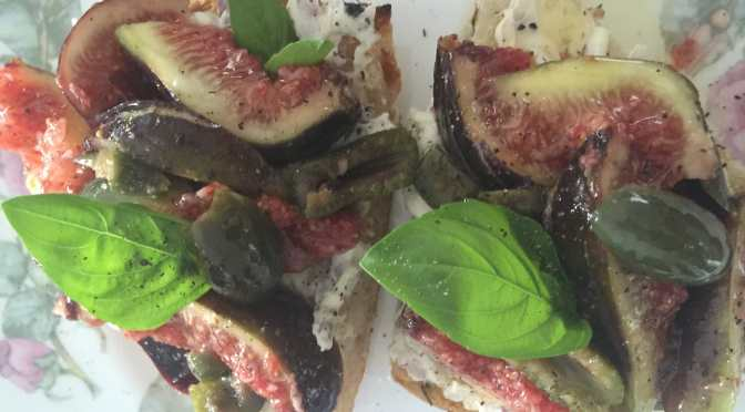 What's Cooking?…Fig, Olive and Mascarpone Crostini