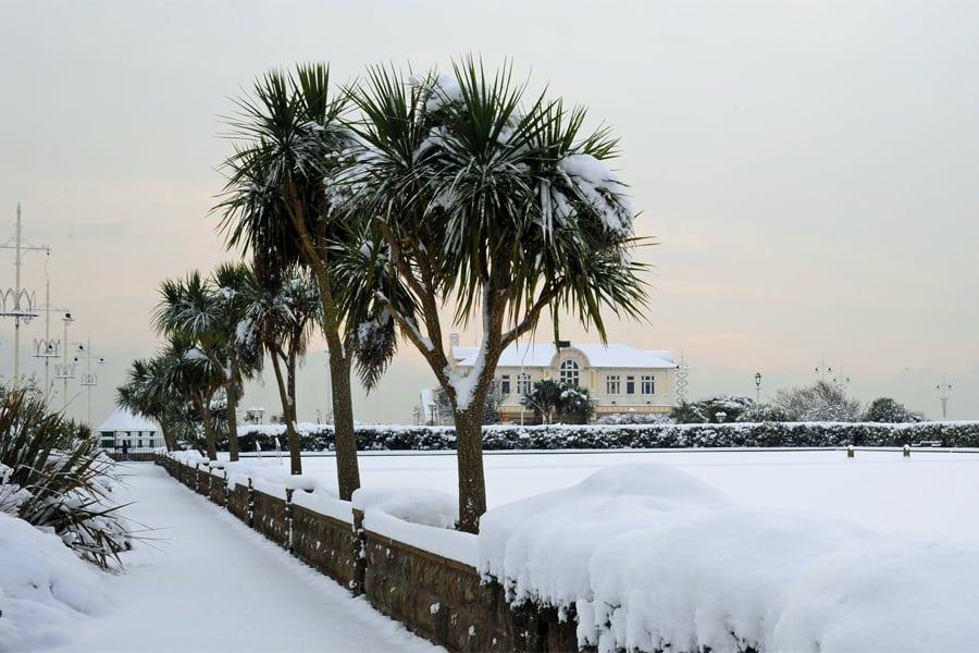 Bognor Regis Bowling Green in the snow