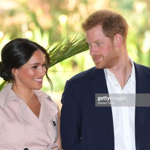 Harry and Meghan: Flying High Above Messy Island