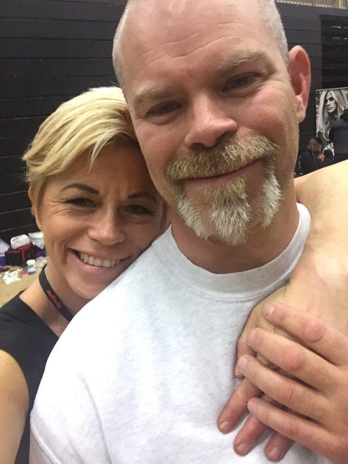 Passade på att sno en kram och lite mys backstage med goa Micke ;)