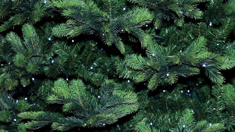 Can You Recycle Artificial Christmas Trees?