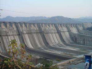 800px-Sardar_Sarovar_Dam_2006,_India