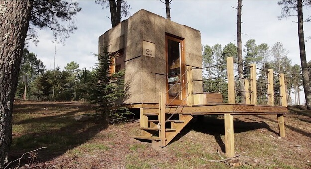 Eco-house for travelers