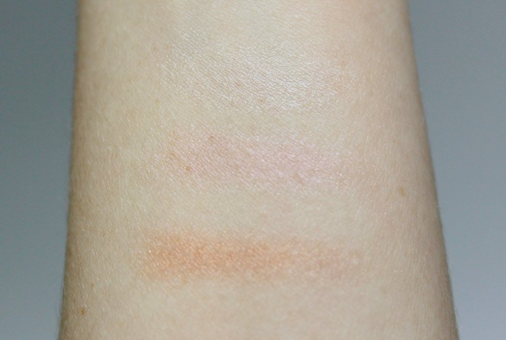 PACIFICA RADIANT SHIMMER COCONUT MULTIPLES SWATCH
