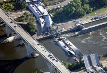 Remember This? The I-35 Bridge Collapse in Minneapolis streets.mn