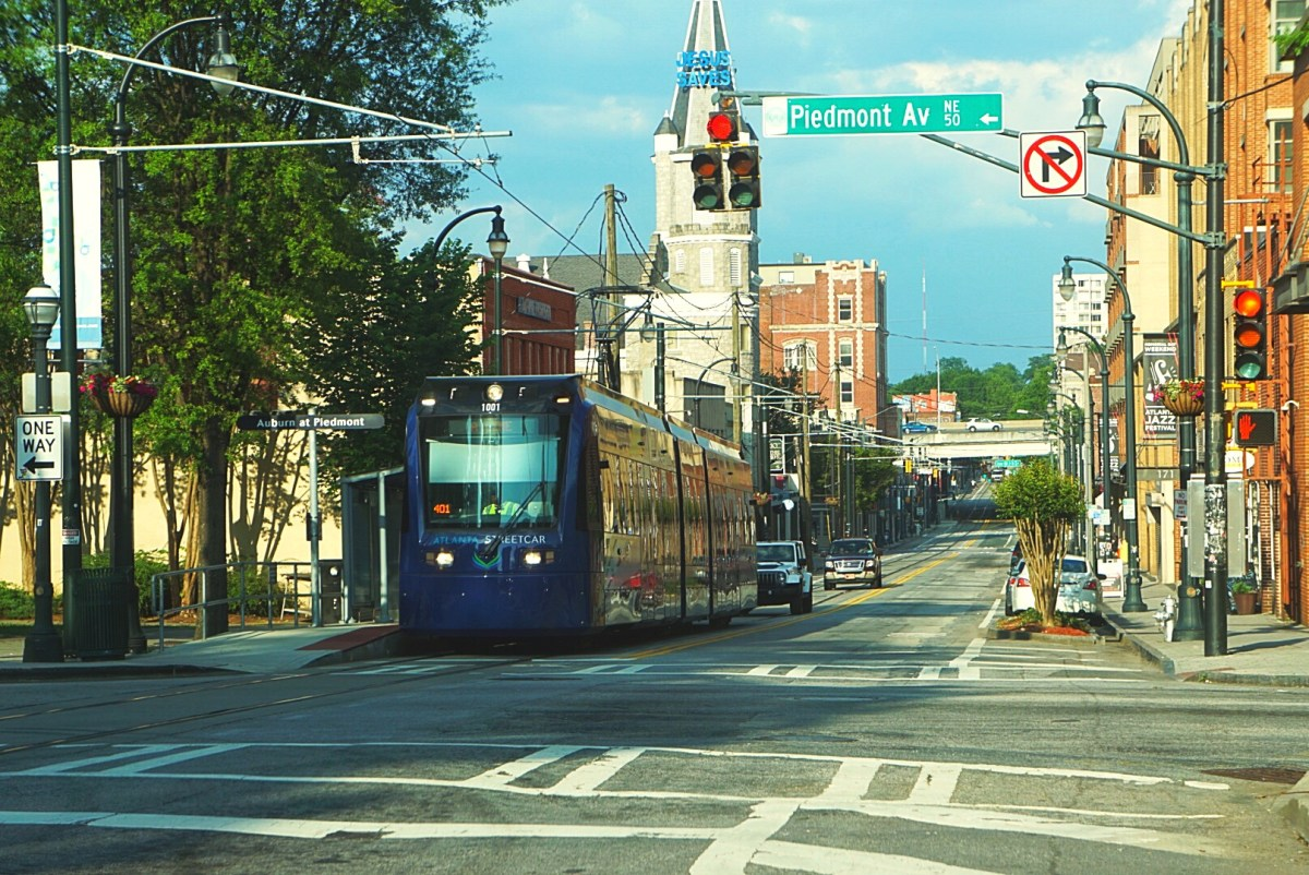 Streetcar Critics Can't See the Forest for the Trees