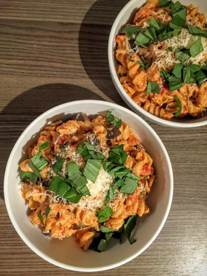 Creamy Chili, Tomato and Aubergine Pasta | Vegetarian Pasta Recipe | Susty Meals | Sarah Irving