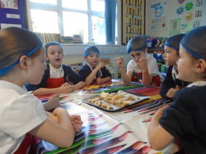 Bread, assembly and bows and arrows 011
