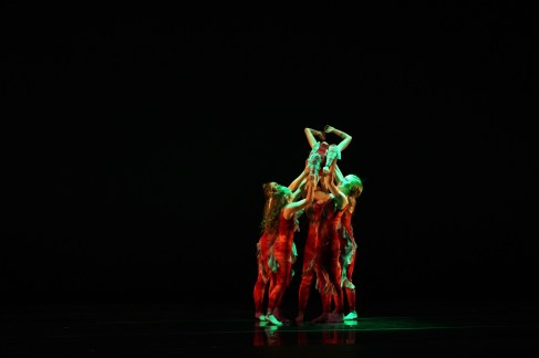 SUU CPVA students perform Amorphous Veil: Torsion. The dance is choreographed by Bailey Nigh.
