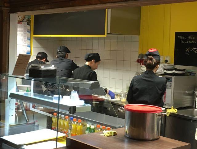 Vietnam Food henkilökunta