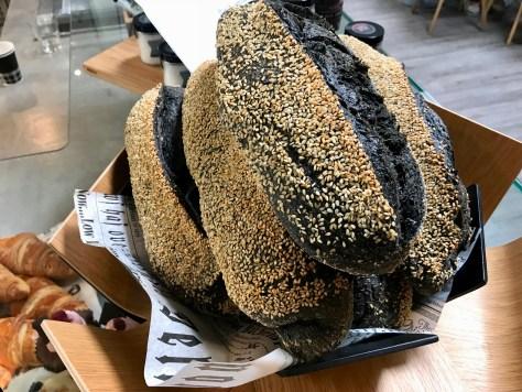 Itse leivottu leipä