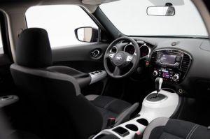 2018 Nissan Juke interior
