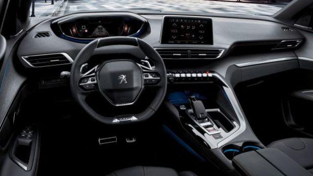 2018 Peugeot 5008 interior